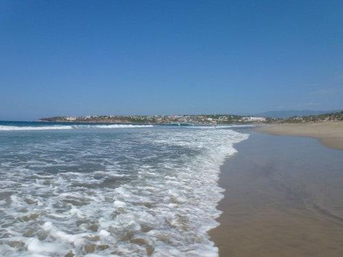 It's a very long walk down Zicatela beach