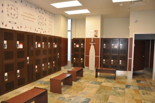 Women's Changing Room at GoodLife Fitness Toronto Pearson
