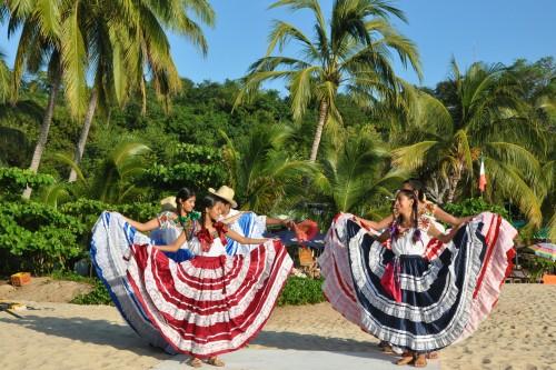 Folkloric dancers at Playa Manzanillo during the fiestas de noviembre Puerto Escondido