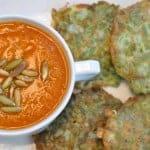 salsa de pimiento and tortitas de ejote