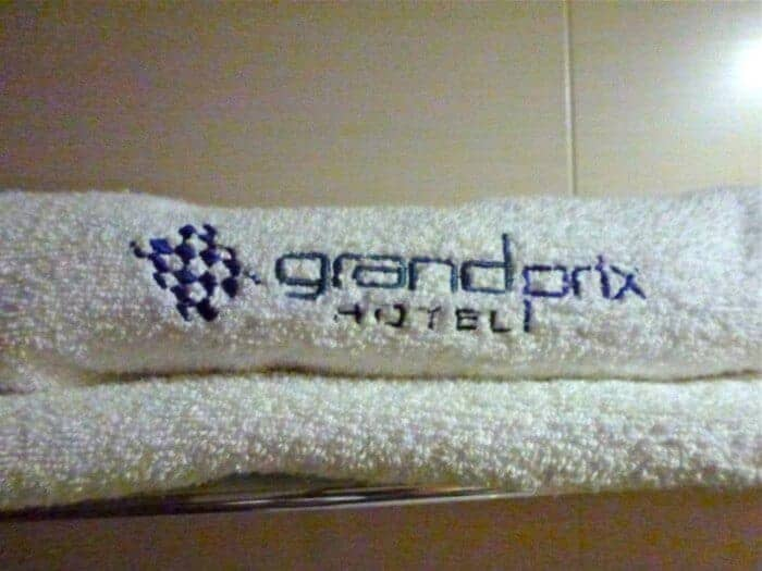 Racetrack-themed towels at Grand Prix Hotel