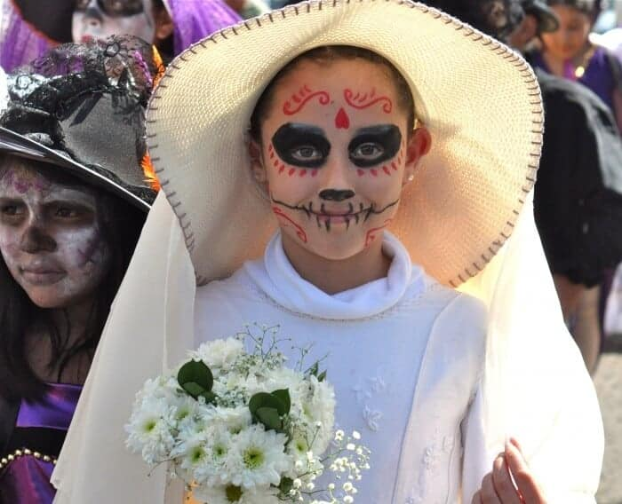 Goulish bride for Mexico's Day of the Dead