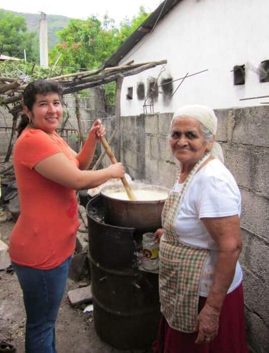 Making dough for tamales with Mama Tayo in San Vicente