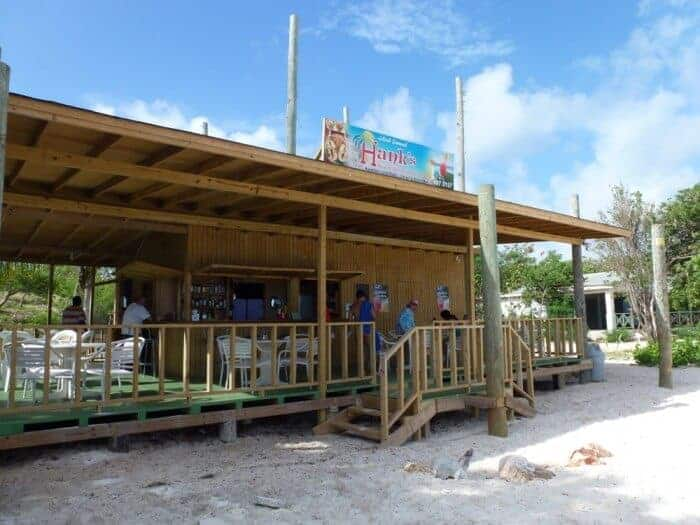 Hank's Beach Bar