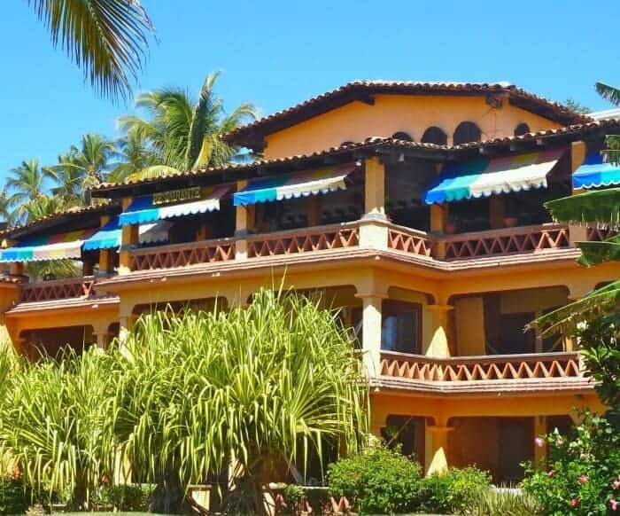 Hotel Arociris, a classic stay in Puerto Escondido Mexico