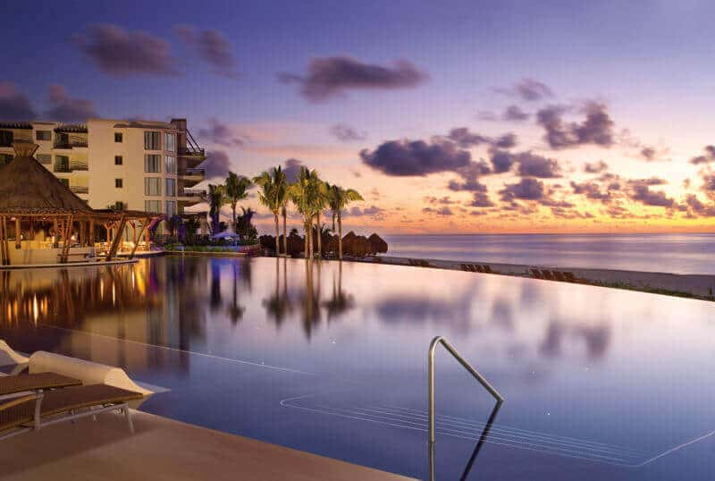 Infinity pool at Dreams Riviera Cancun Resort and Spa Credit Dreams