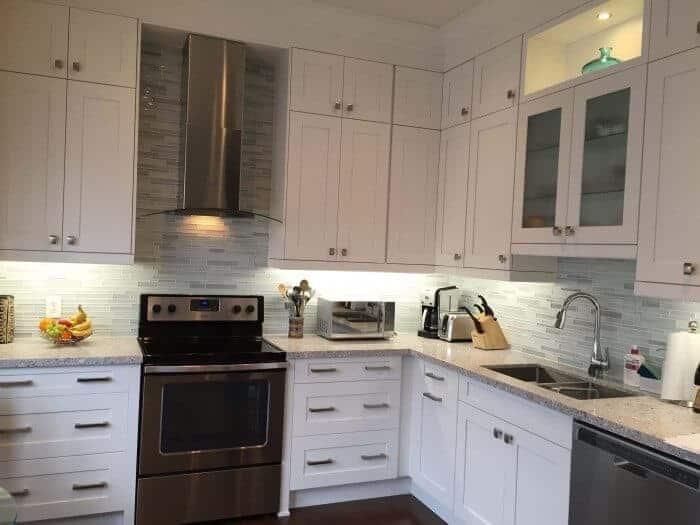 Raywal kitchen with Caesarstone 6270 Atlantic Salt