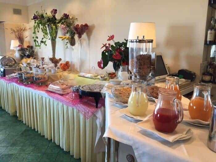 Breakfast bar at Bettoja Mediterraneo Hotel Rome