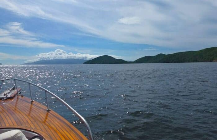 Cruising the islands off the northwest coast of Trinidad