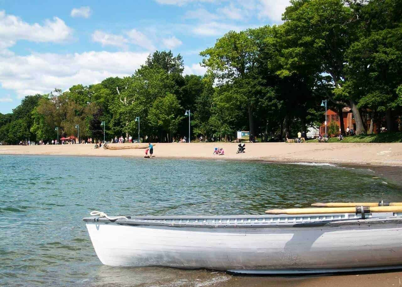 Canoe in the water of Lake Ontario at a beach in Toronto. Credit Culture Tripper.