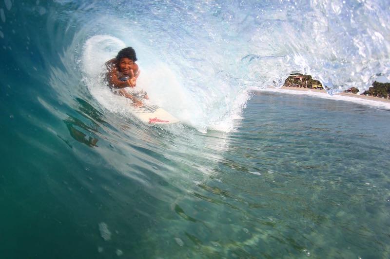 Man barrel surfing at Puerto Escondido (Credit Zicazteca)