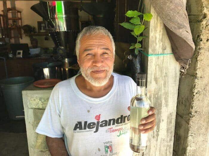 Mezcal tasting with Filadelfo in Pluma Hidalgo