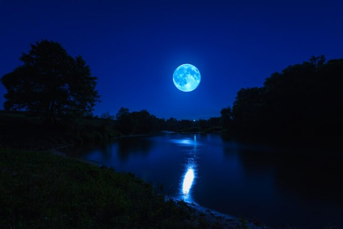 Experiencing a moonlit night over a lagoon is a top thing to do in Puerto Escondido.