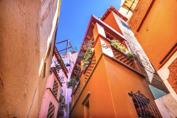 Alley of the Kiss in Guanajuato Mexico