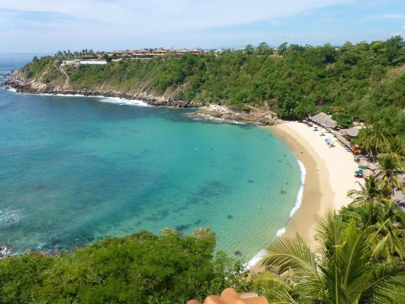 Carrizalillo Beach is a seaweed free beach in Oaxaca Mexico