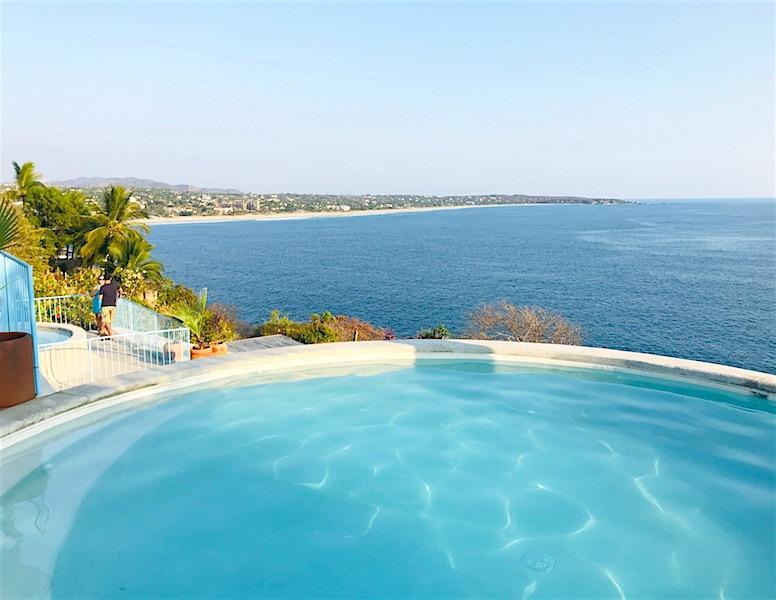 Oceanfront Swimming pool at La Escondida