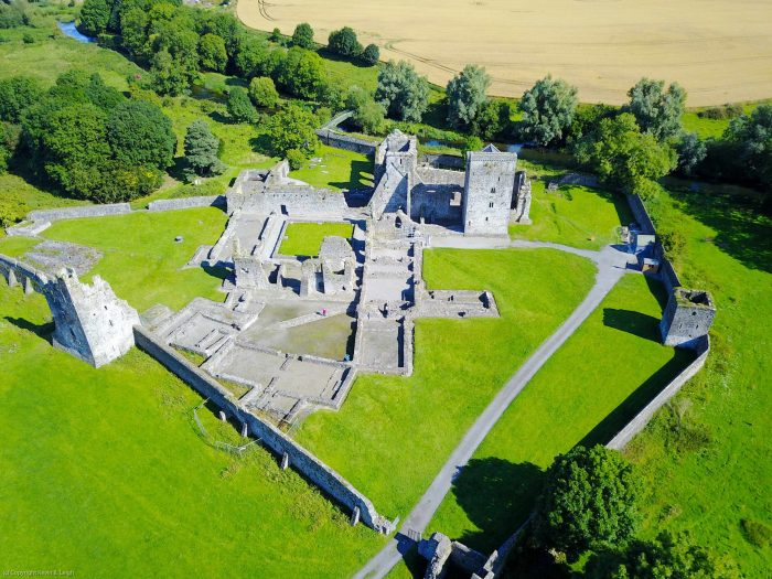 Kells Priory Credit kevin-b-leigh-571558-unsplash