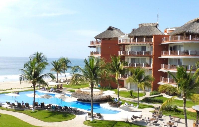 Vivo Resorts Main Swimming Pool Puerto Escondido