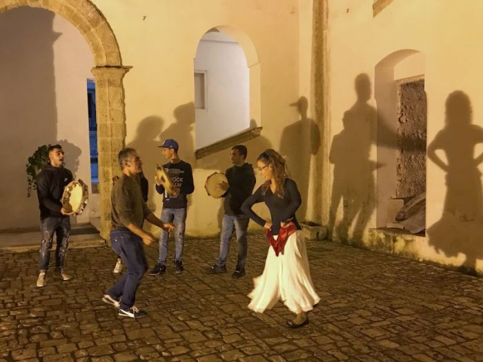 A street dance performance in Matino