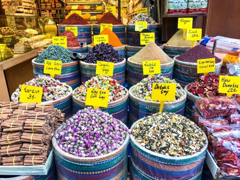 Baskets of colourful spices in Istanbul, Turkey.