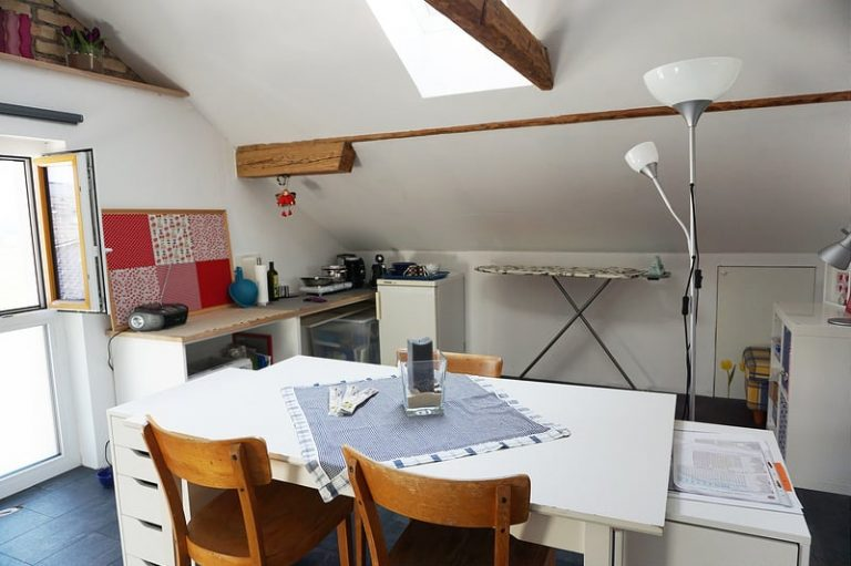 A tiny Airbnb kitchen in Austria