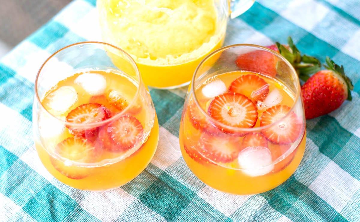 Strawberry Mango Lemonade Feature Image