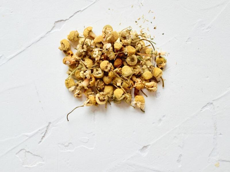 dried chamomile for fresh chamomile tea