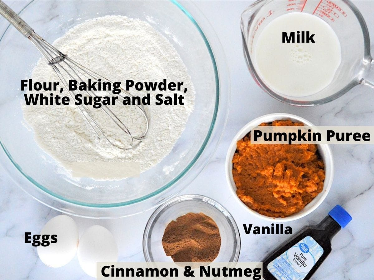 Ingredients for Arepa di Pampuna with text overlay of flour, cinnamon, eggs, vanilla, pumpkin, flour and nutmeg