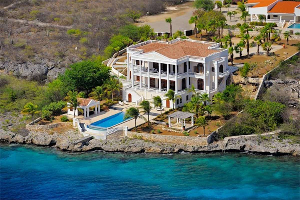 A beautiful villa on Bonaire Island. n