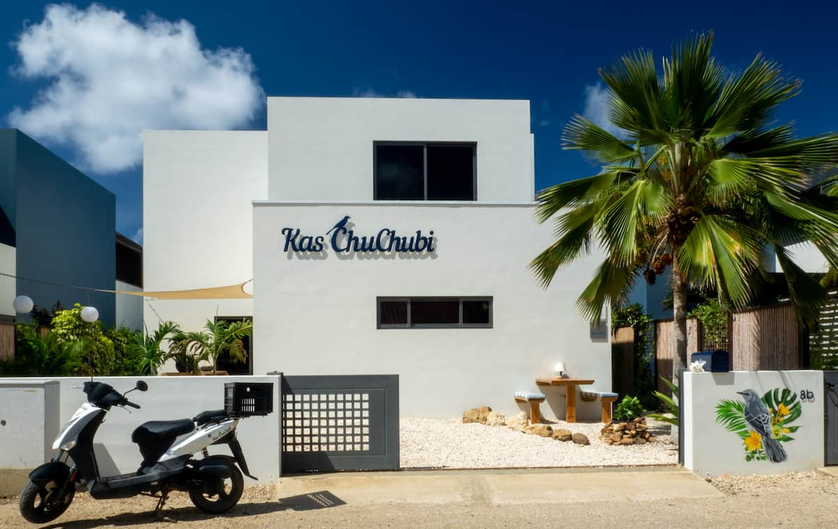 Exterior of an adult-only apartment on Bonaire. Photo credit Kas Chuchubi.