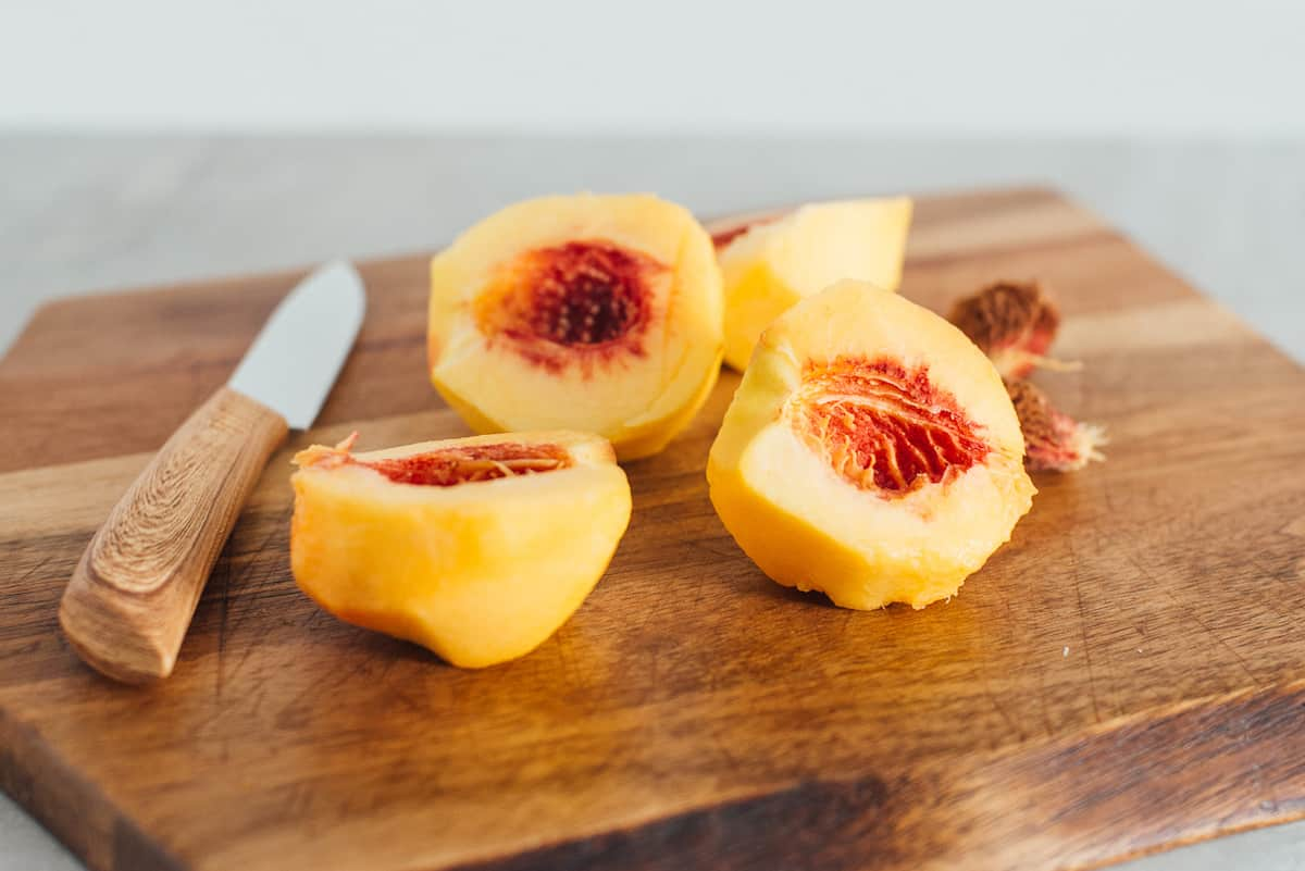 Pitted and sliced peaches.