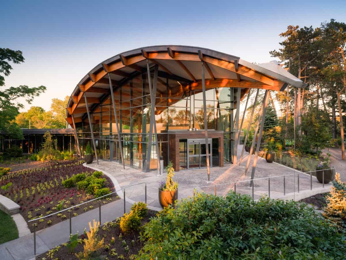 An outside view of the Royal Botanical Gardens Visitors Centre.
